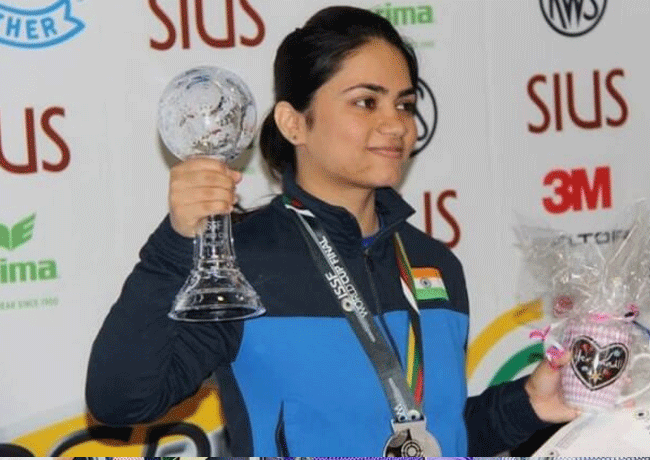 Apurvi Chandela poses with the silver medal and trophy at the ISSF World Cup Final in Munich, Germany